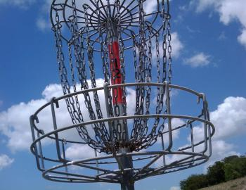 disc golf chain basket for Frisbee