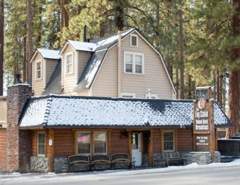 front picture of log cabin breakfast restaurant