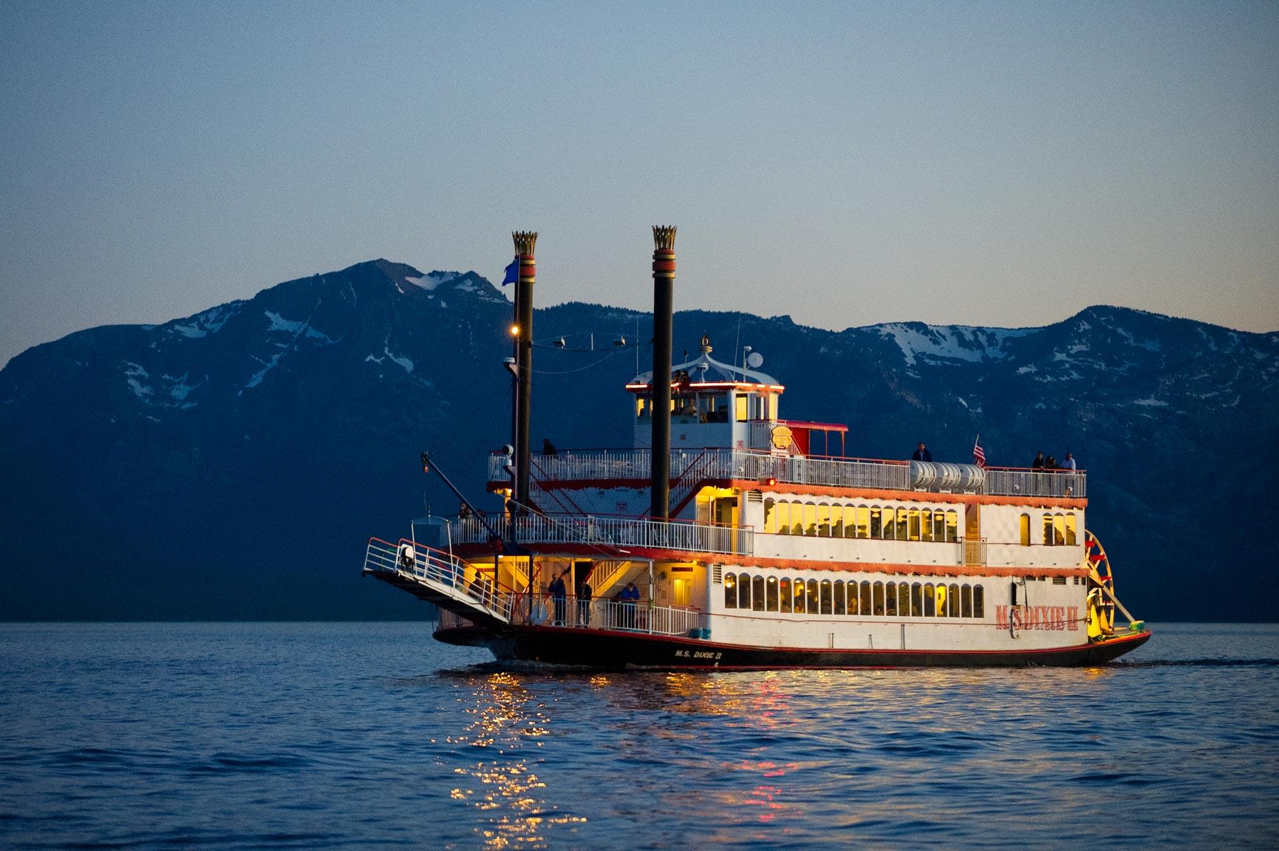 M S Dixie Ii Tahoe Paradise Lake Tahoe Boat Cruise